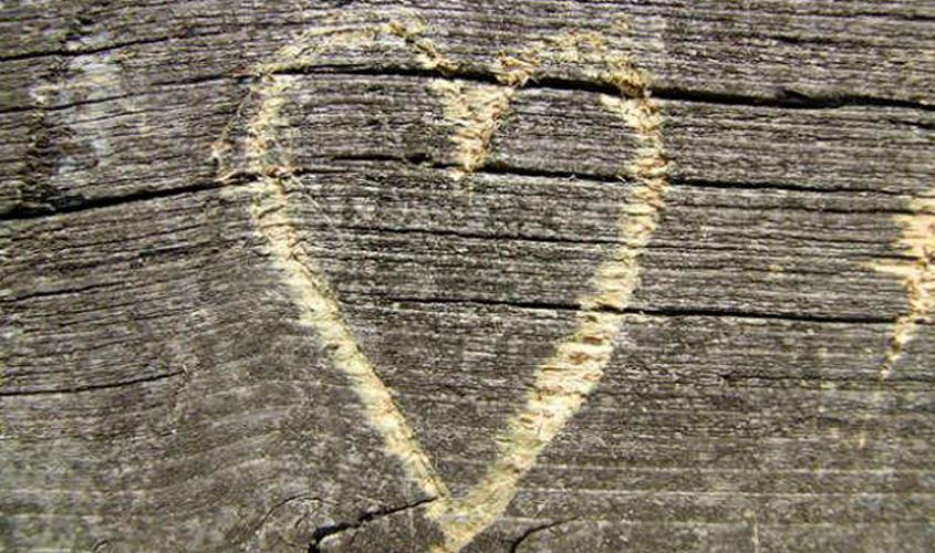 Amor próprio não é uma vingança, é uma reconciliação pessoal