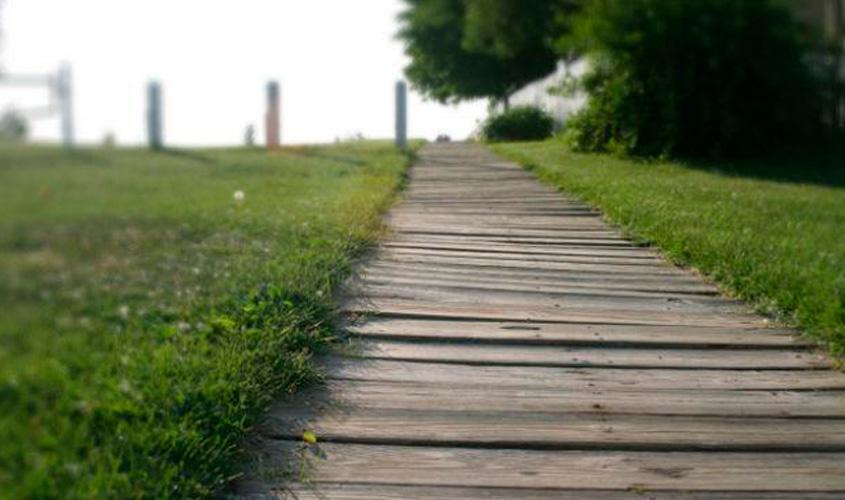 Só por hoje faça o caminho oposto